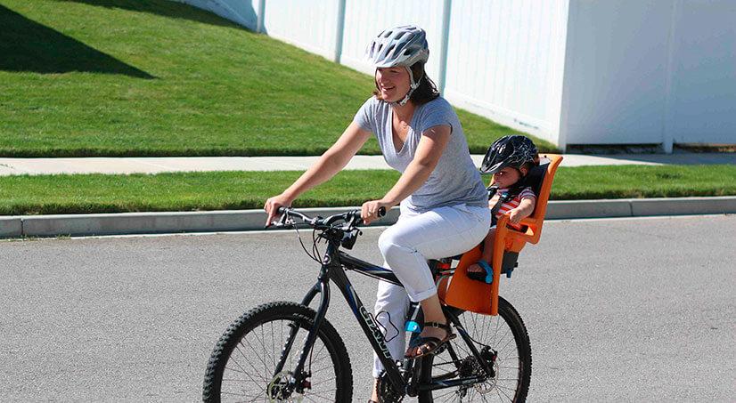 Как выбрать детское сиденье на велосипед