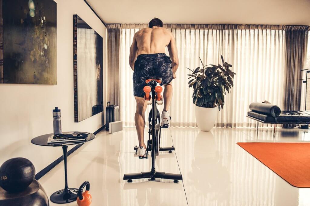 Лучшие велотренажеры для дома. Эффективность и интенсивность занятий для женщин